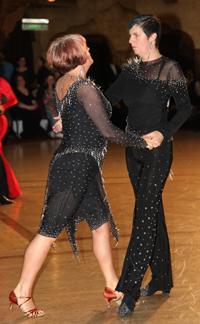 Lady's Same-Sex dance